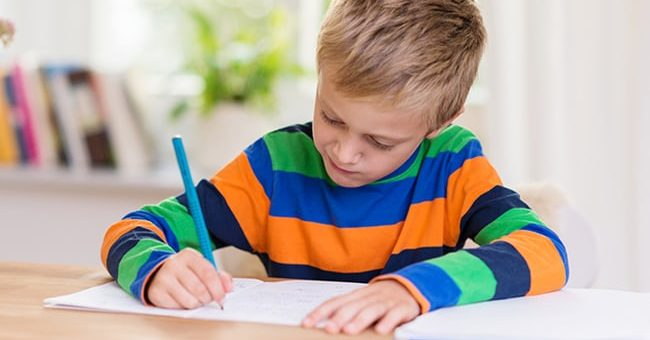 3 bước cơ bản giúp trẻ tiểu học tập trung khi học bài ở nhà