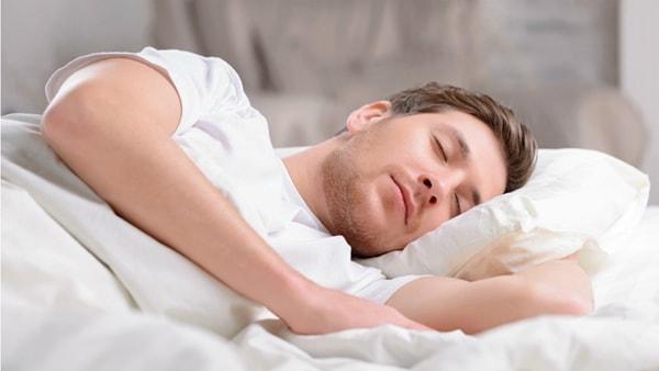 rối loạn giấc ngủ ở thanh niên 1