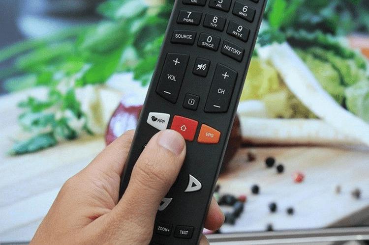 Nhấn nút Home > Chọn Ứng dụng để cài đặt Nhấn nút Home > Chọn Ứng dụng để cài đặt MyTV